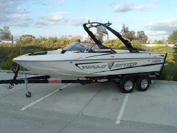 Malibu 21′ Wakesetter VLX Ski Boat Import