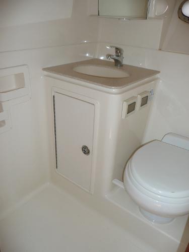 tiara bathroom